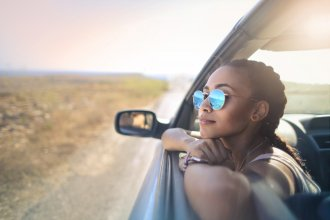 View Do's & Don'ts for a Financially Smart Traveler