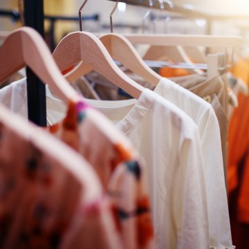 Revamping Your Spring Wardrobe on a College Friendly Budget Image