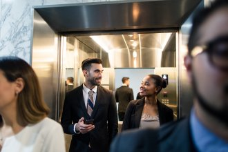 View Infographic: Elevator Pitch - How to Sell Yourself