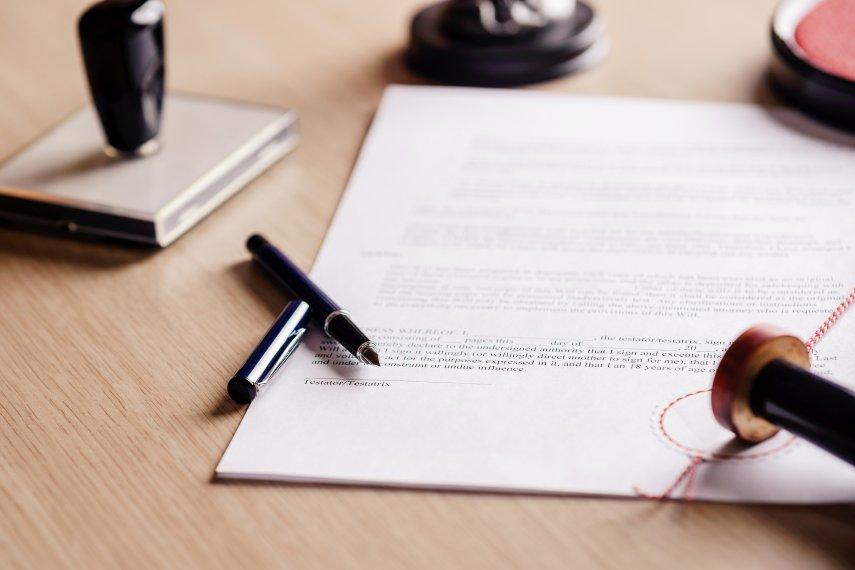 Notary & Signature Guarantee